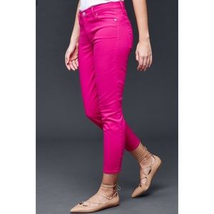 HOST PICK ⭐️ Gap Pink Jeans - 6